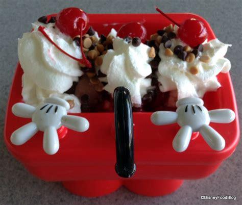 mini kitchen sink disney new mickey kitchen sink sundae aka mickey sundae