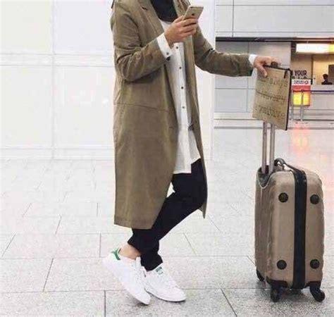 hijabi traveling style  trendy girls
