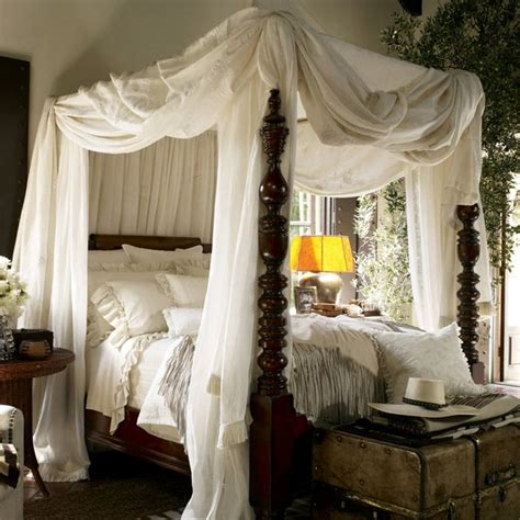 25+ Best Ideas About Canopy Beds On Pinterest  Girls