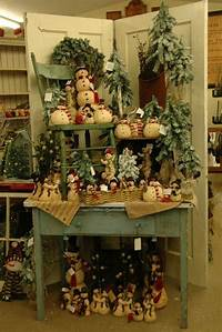 country christmas decorations Swiss Country Lawn & Crafts: Festive Holiday Décor for Your Home | i Shop Blogz