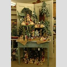 Swiss Country Lawn & Crafts Festive Holiday Décor For