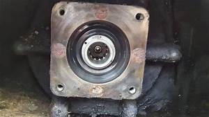 1995 Bobcat 753 Drive Motor Rebuild - Part 1