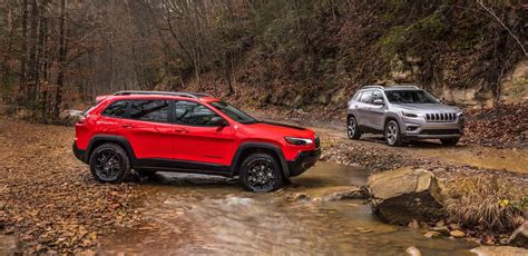 New 2019 Jeep Cherokee  Midsize Suv For Sale Near Exeter, Nh