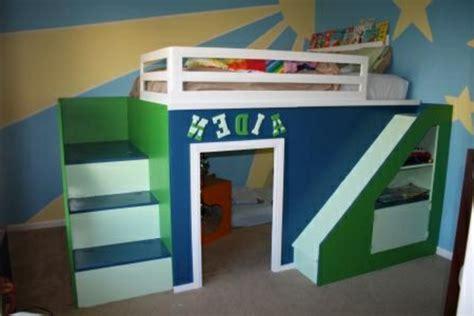 rutsche für kinderzimmer hochbett mit rutsche spaß im kinderzimmer