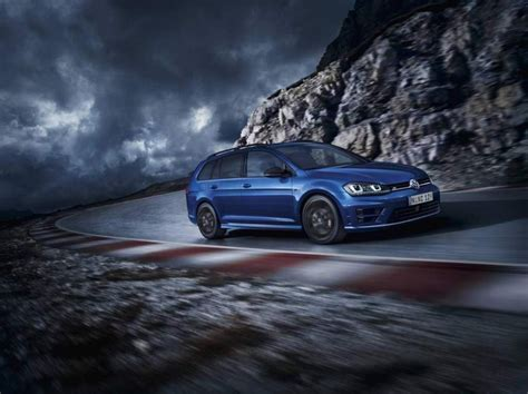 Volkswagen Golf Backgrounds by The Volkswagen Golf R Wagon Wolfsburg Edition Is The Best
