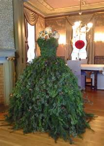 the dusty victorian christmas tree dress 2014 diy the countess new gown