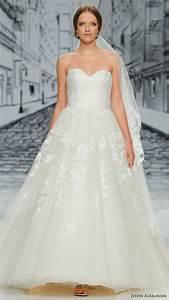 Justin alexander spring 2017 collections barcelona for Justin alexander wedding dress prices