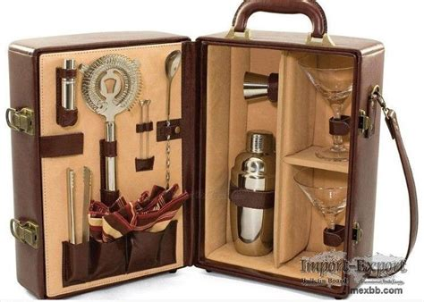 ... Stainless Steel Wine Gift Set