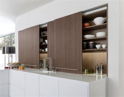 Küchenschrank Mit Rolltür by K 252 Chenschr 228 Nke Mit Schiebet 252 Ren Sorgen F 252 R Ordnung Bild