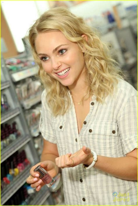 19 Best Images About Anna Sophia Robb On Pinterest