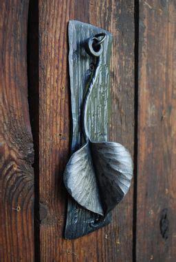 custom knock  leaf door knocker  organic iron