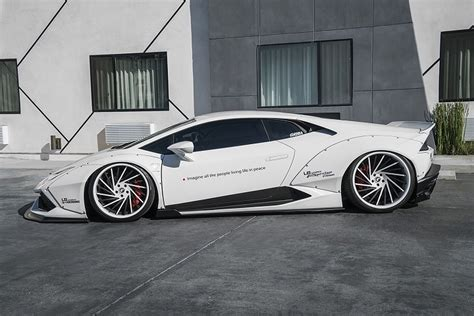 liberty walk works  magic   lamborghini huracan