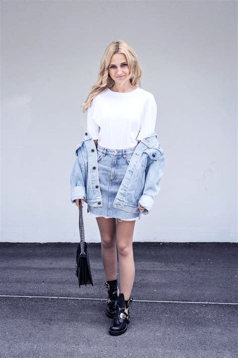 ootd casual basic denim street style outfit lilicons