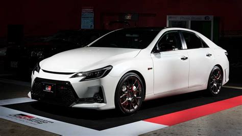toyota mark  revealed naturally aspirated  manual gearbox