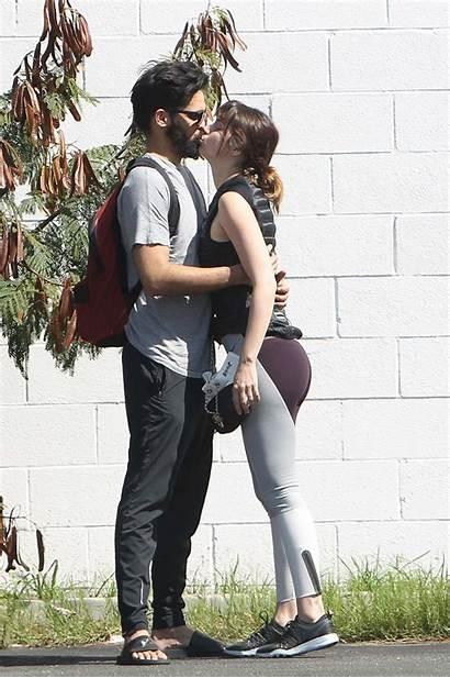 Ana Armas Boyfriend Angeles Los Gotceleb Hawtcelebs