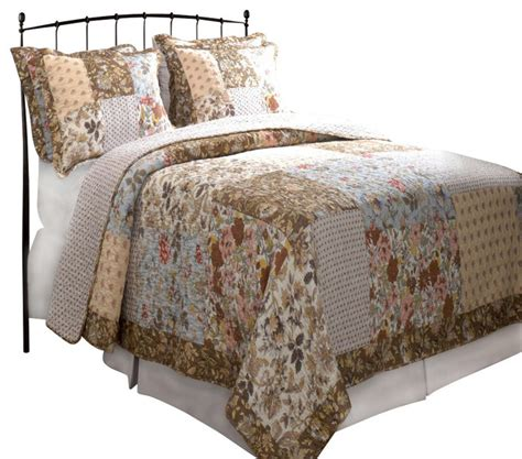 Quilt And Sham Set by Greenland Home Camilla Quilt Sham Set 3 King