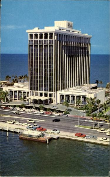 Video showing how to buy an easy card in miami, to use any public transportation in the city. Doral Beach Hotel, 48th St Miami Beach, FL
