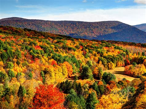 fall photos the 10 best fall hiking trails in the u s photos cond 233 nast traveler