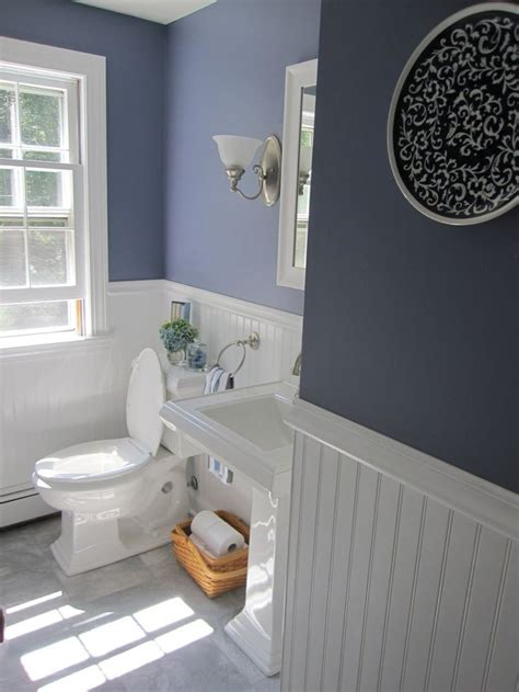 Bathroom Wainscotting by Best 25 Wainscoting Bathroom Ideas On Half