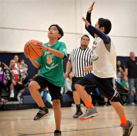 Behind The Badge Wpoa Hoops League Gives Local Youth A