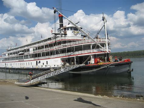10 Shocking Photos Of Lake Victoria Boat Cruise Accident by File Delta Queen Paducah Jpg Wikimedia Commons