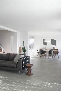 les 25 meilleures idees de la categorie carrelage gris sur With porte d entrée pvc avec couleur béton ciré salle bain