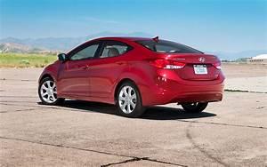 2011 Hyundai Elantra Reviews and Rating