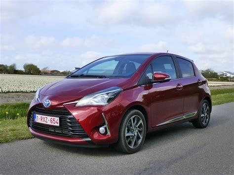 toyota yaris hybrid  review  buy  car blog