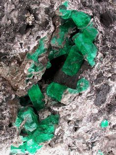 images  elegant emeralds  pinterest