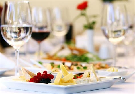 azra catering  kent wedding catering hitchedcouk