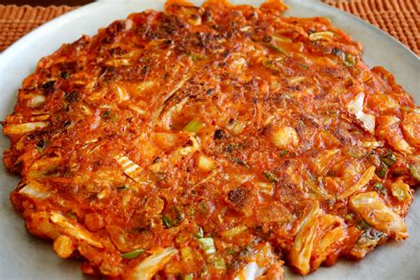 kimchi pancake kimchijeon recipe maangchicom
