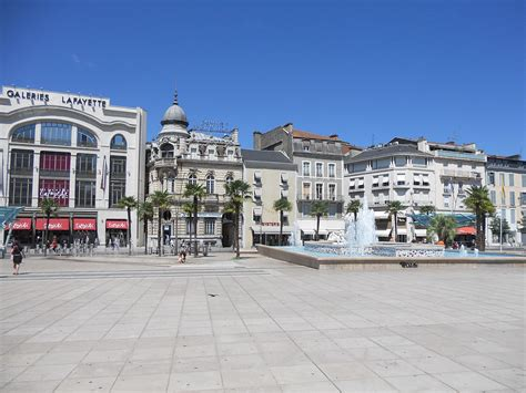 Place Clemenceau (pau) — Wikipédia