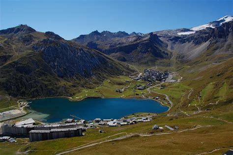 tignes le lac chalets tignes transfers mountain rescue transfers