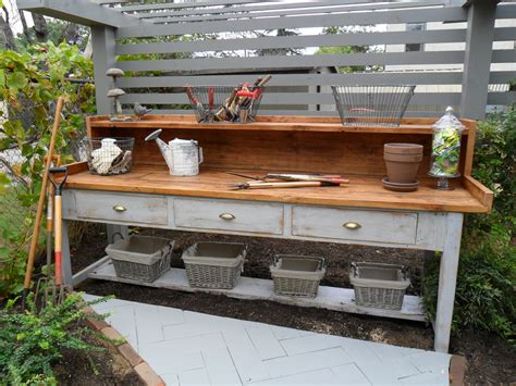 garden workbench corner bench