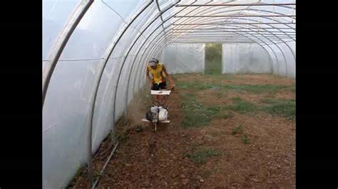 montage serre tunnel plastique saison 3 part 2 ouvrier agricole 2009