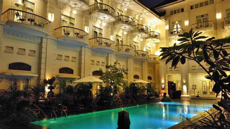 review  phoenix hotel yogyakarta hotel cantik