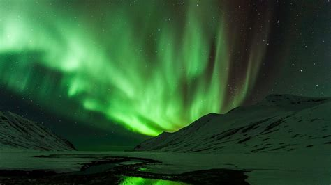 Northern Lights In Iceland  Nordic Travel Mag