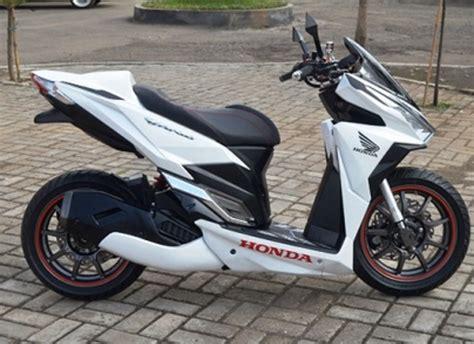 Modifikasi Motor Vario 150 by Modifikasi Honda Vario 150 Touring Sederhana Desain