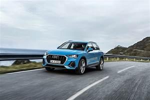 Audi Q3 Coffre : audi q3 2 0 tfsi quattro mitten ins herz der suv mittelklasse ~ Medecine-chirurgie-esthetiques.com Avis de Voitures