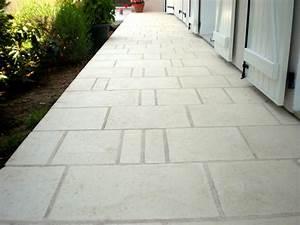 Dalle Pierre Terrasse : terrasse dalle pierre reconstituee nos conseils ~ Preciouscoupons.com Idées de Décoration