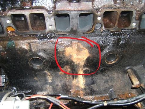 Boat Engine Leaking Water by Mercruiser 4 Cyl Water Leaking From Exhaust Manifold Page
