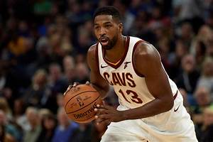 Tristan Thompson leaves game with foot injury after ...