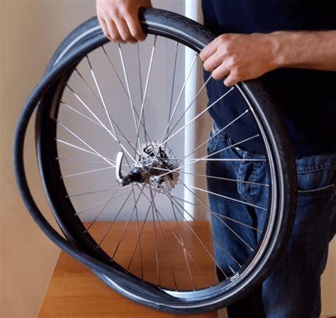 chambre à air dans pneu tubeless tuto comment enlever une roue de vélo et remonter un pneu