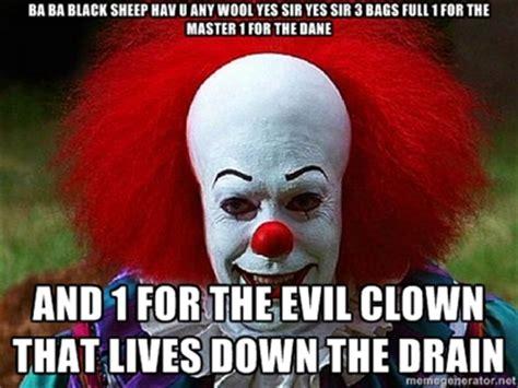 Creepy Clown Meme - pennywise the clown pictures clown that lives down the drain pennywise the clown meme