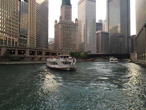 Chicago Boat Tours Schedule by Chicago Boat Tours Are More With Felix And Fingers