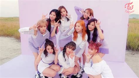 Here's What Fans Can Expect From Twice, Gugudan