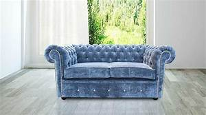 How to decorate with a 2 seat sofa for Interior design sofa styles