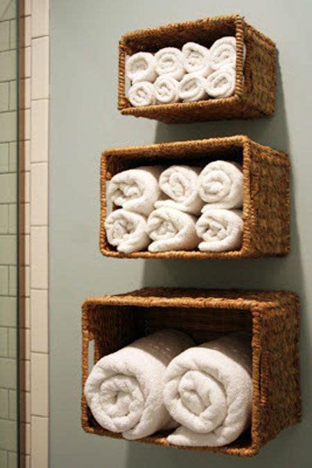 Towels Hanging In Bathroom Stock 25 Best Ideas About Bathroom Towel Storage On