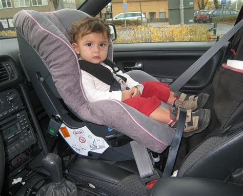 siege auto britax hi way 2 cars seats britax forward and rear facing baby car seats