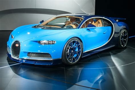 2017 Bugatti Chiron First Look Review: Resetting the Benchmark